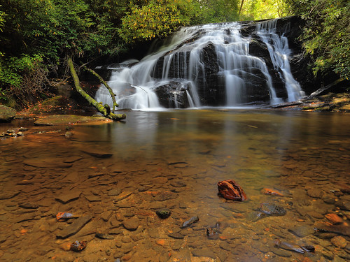 color colour fall waterfall northcarolina owl quartz whiteowl northcarolinamountains canon1635f28 northcarolinawaterfalls durinsday canon6d