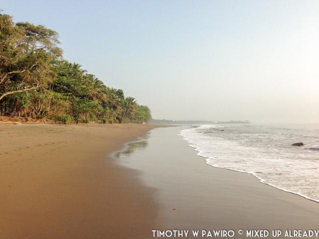 Indonesia - Pangandaran - Batukaras - Pantai Karang (01)