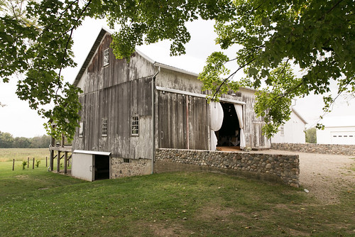 Hidden_Vineyard_Wedding_Barn_Studio_Starling_10