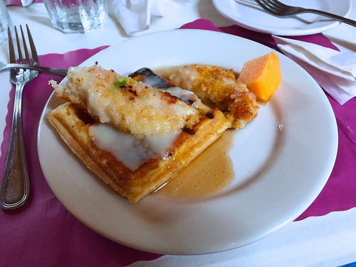 King Street Café - Chicken and Belgian Waffles