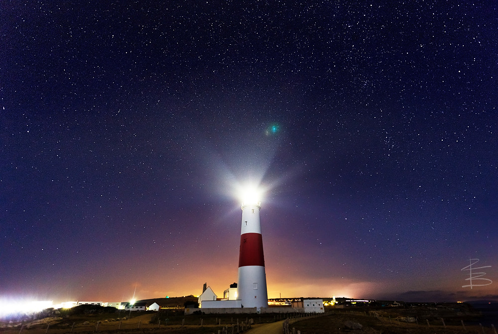 Lighthouse | Portland Bill Lighthouse shining out in the nig… | Flickr