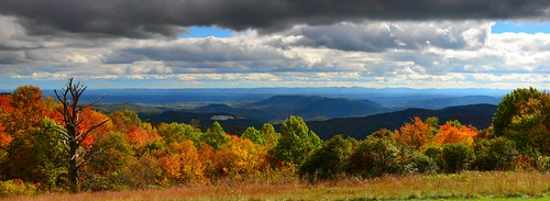 sky usa colour art fall beautiful photo nc nikon colours arty view artistic creative scenic northcarolina colourful nikkor 28300mm blueridgeparkway darkened d610 graduatedfilter paultrottier