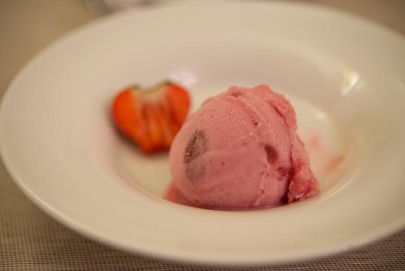 イチゴのソルベ