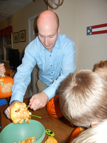 Oct 17 2014 Doller pumpkin carving (8)