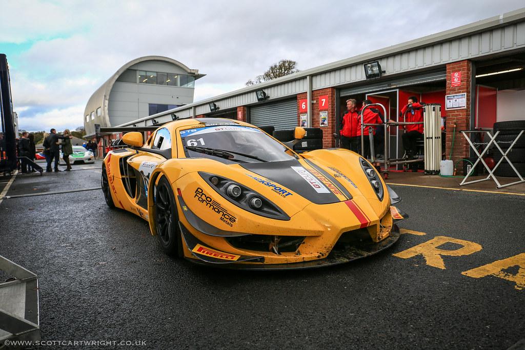 Sin R1 Race Car