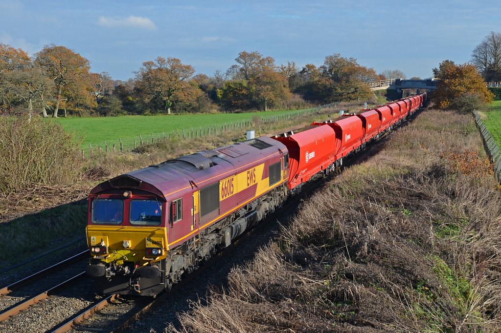 66015 at Acton Turville 18th Nov 14'