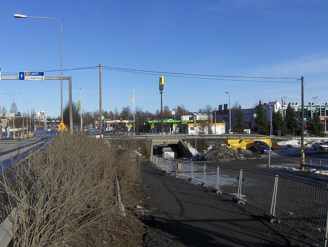 Hämeenlinnan moottoritiekate ja Goodman-kauppakeskus: Työmaatilanne 18.3.2012 - kuva 13