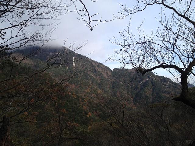 鎌ヶ岳 馬の背尾根 登山道から御在所ロープウェイ