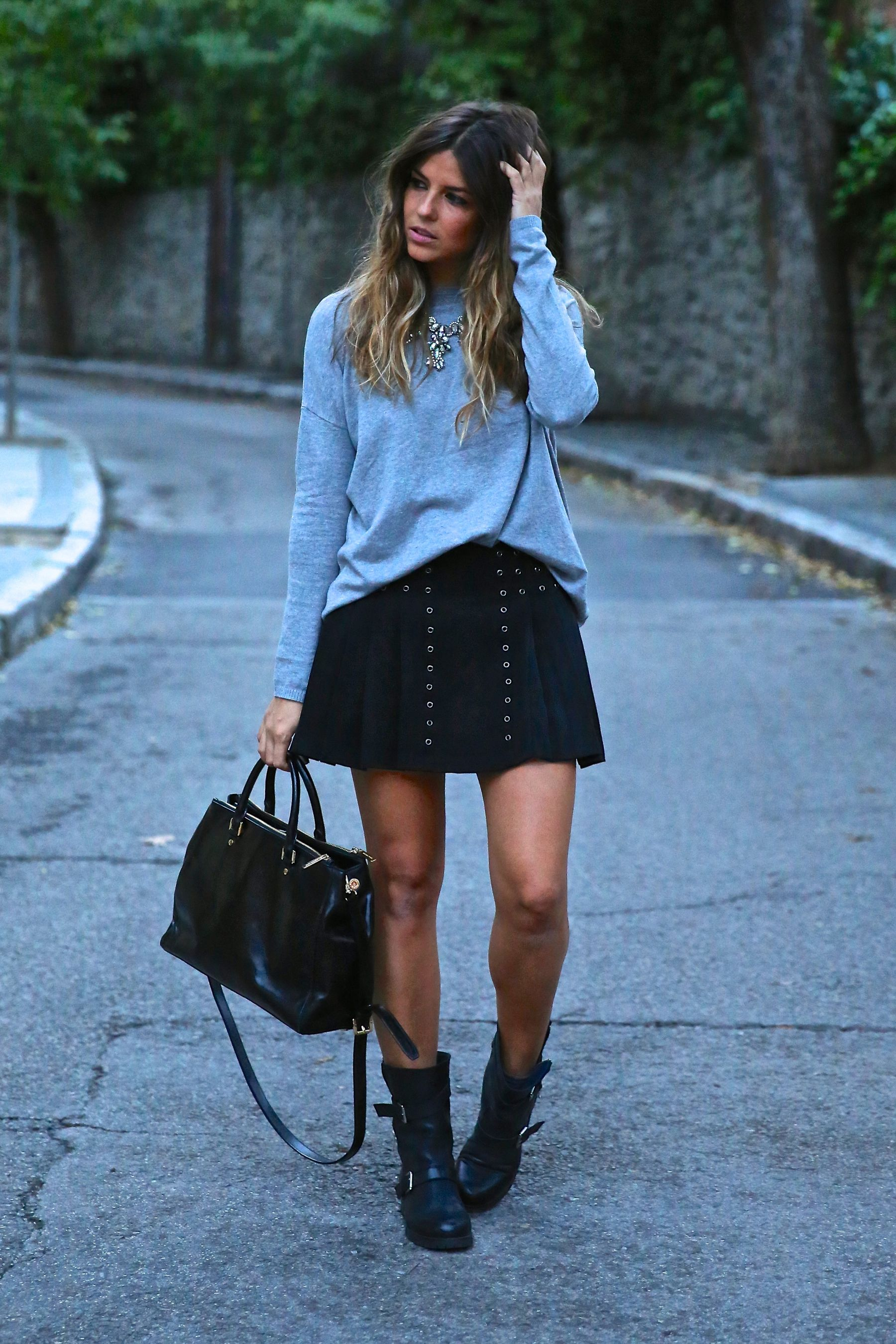 trendy_taste-look-outfit-street_style-ootd-blog-blogger-fashion_spain-moda_españa-fall_winter-otoño-rocky-botas_moteras-jersey_punto-sweater-11