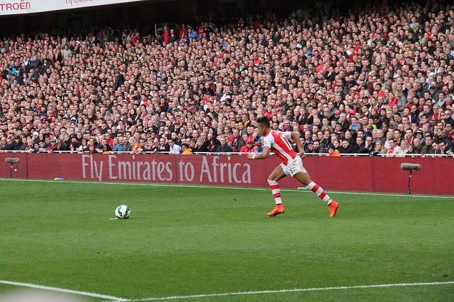 Alexis free kick 1