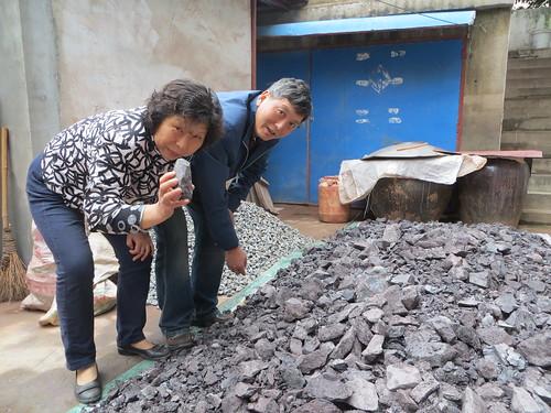 Ms Sheng and Mr Zhang, craftsman in Yixing