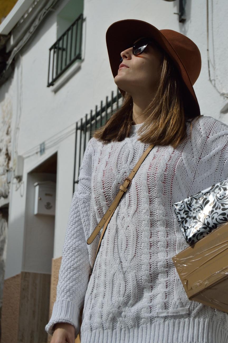 lara-vazquez-madlula-fall-out-attire