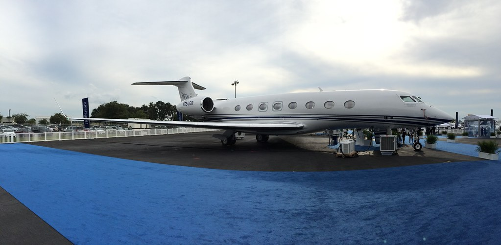 Aside from the different markings from Gulfstream, the G650ER is indistinguishable from the original G650. #NBAA14