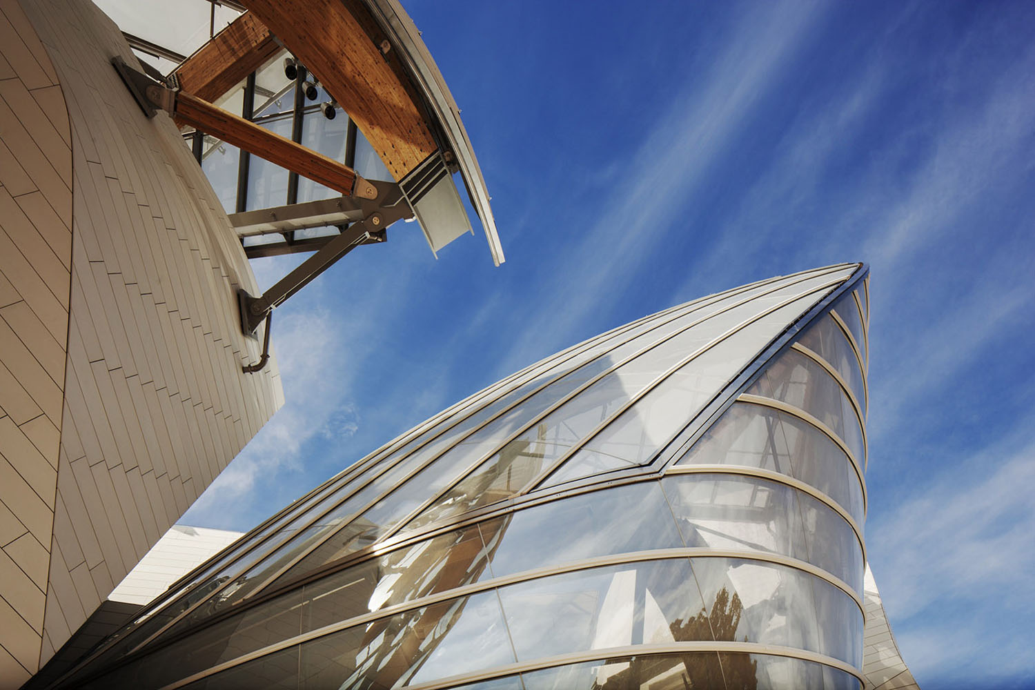 mm_Fondation Louis Vuitton design by Gehry Partners_04