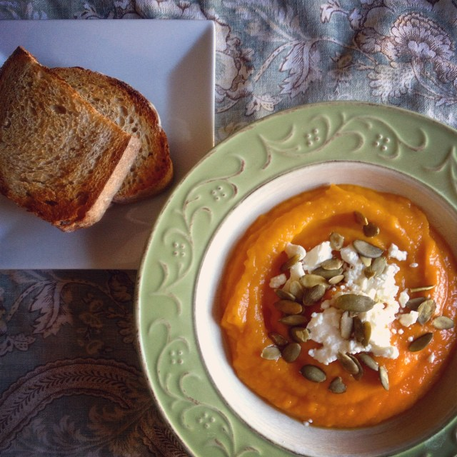 Rustic Lunch - Curried Winter Squash Soup, Crusty Sourdough #foodie #yum