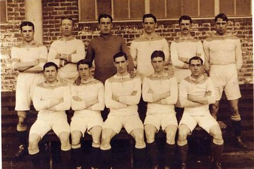 9 Town line-up in their first Football League kit