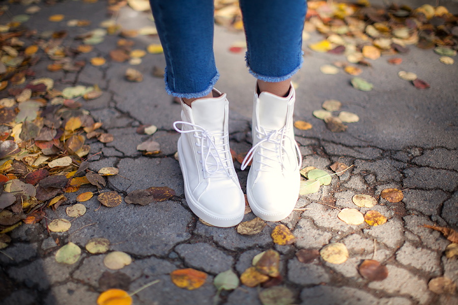 zara-white-high-tops