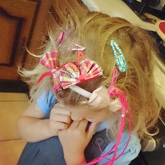 Leah has chosen to do her hair for school today!