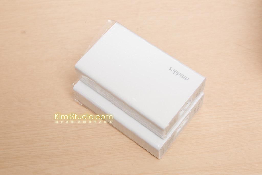 2014 anidees USB 桌上型充電器-011