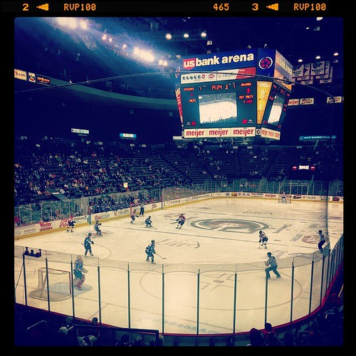 @CincyCyclones game #2 of the season with @genmae5... #LetsGoClones!
