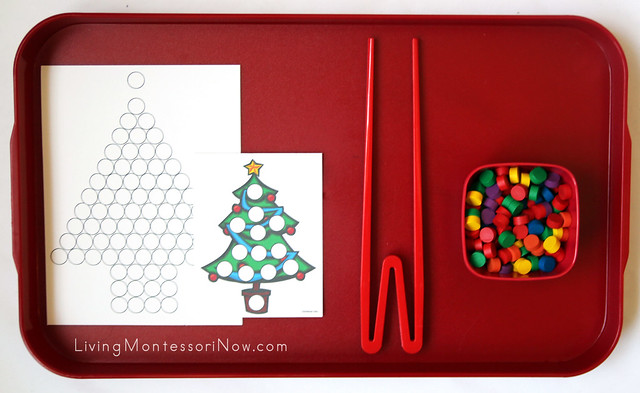 Do-a-Dot Christmas Trees Using Wooden Dots