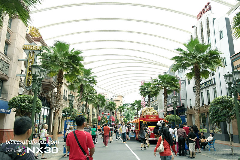 universal studio singapore hollywood zone