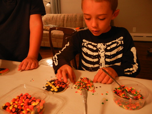 Oct 27 2014 FHE Halloween Sugar Cookies (16)