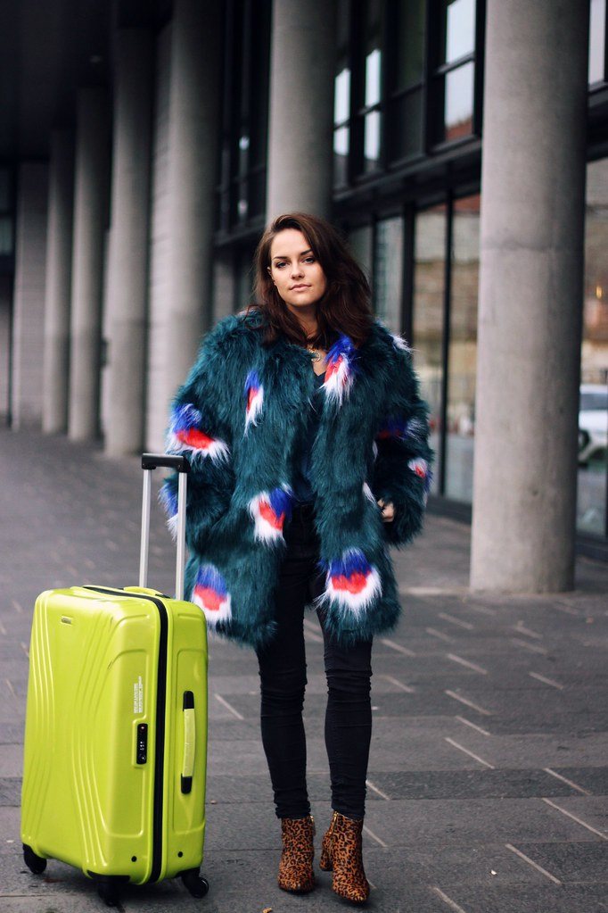 American Tourister case X Access all ASOS 6