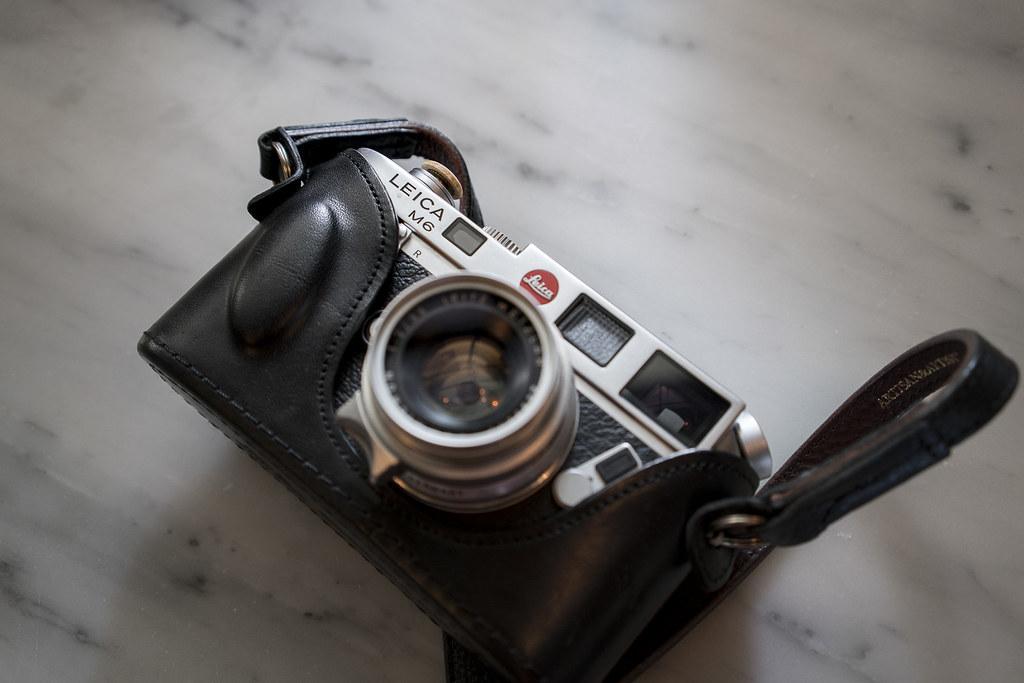 Leica M6 + Summicron 35 F2 [8 Elements]   Sony A7R Mark II