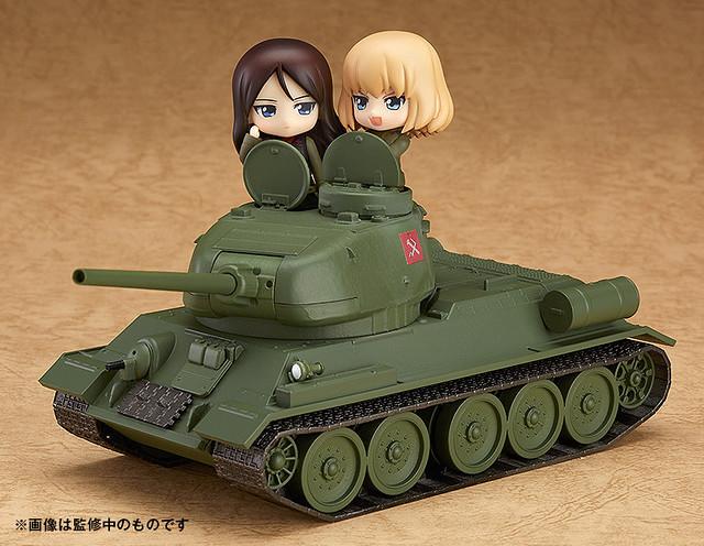 在雪地中疾駛的少女(的戰車)!《少女與戰車》黏土人配件系列  ねんどろいどもあ T-34/85 戰車
