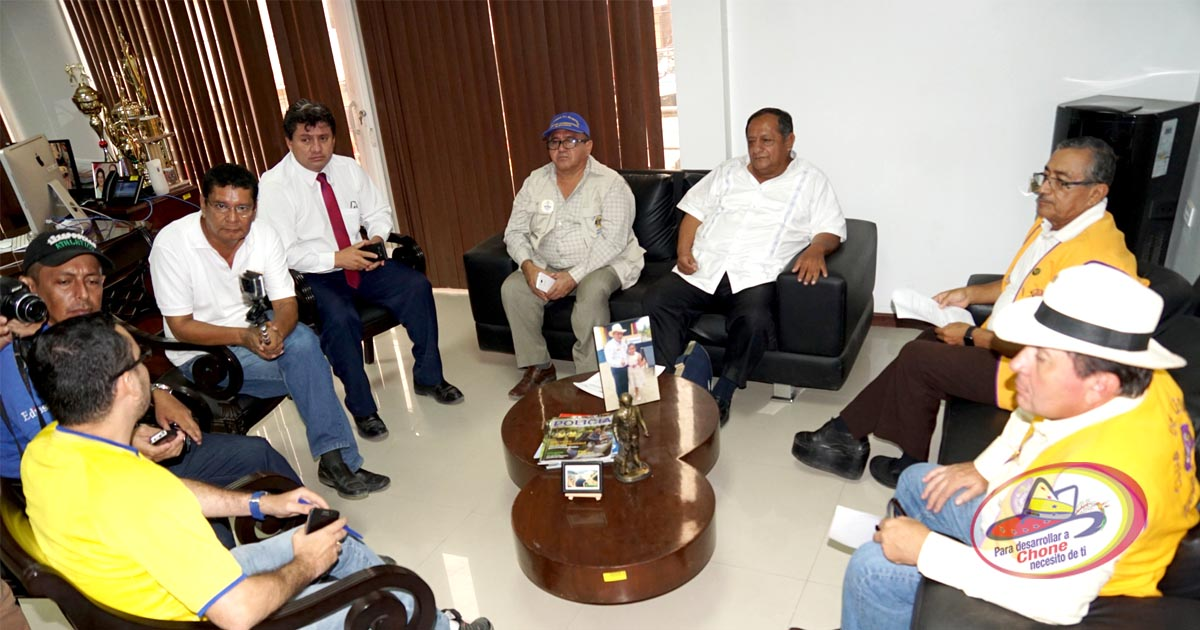 GADM Chone y Lions Club International firmaron convenio