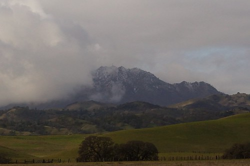 2017-01-02 Snow and Clouds on Mount Diablo (#2)