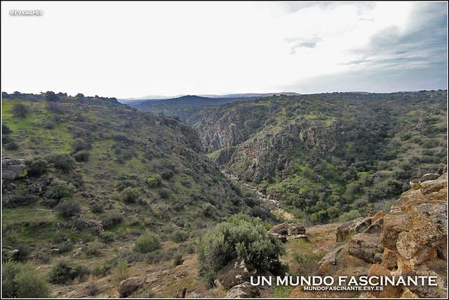 Foso natural del río Torcón