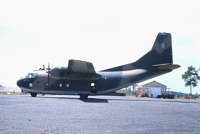 TRÀ VINH 1966-67 - Air Force C123 - Photos by R Mahoney