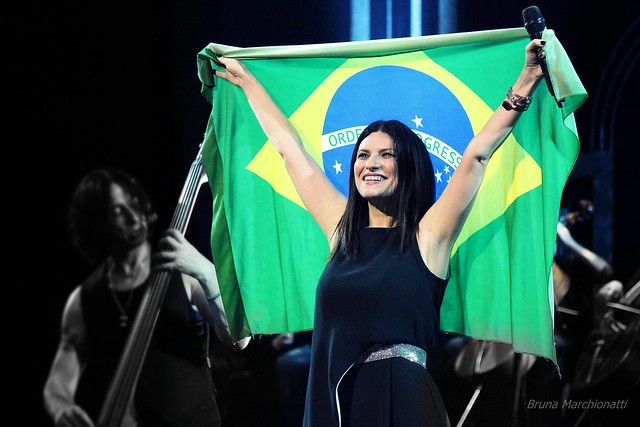 Não é cabelo,mas eu amo: Laura Pausini