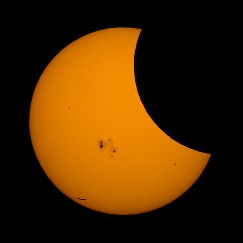 sun moon plane solar eclipse sony jet astrophotography questar nex5n