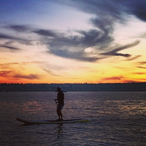 Sunset Paddle Boarding at English Bay, Vancouver, British Columbia . #frenweh #wanderlust #travel #foodie #foodporn #vagabond #explorer #traveler #passport #grateful #entrepreneur #vancouver #Canada #lumia1020 #Nokia #windowsphone #philinvancouver #philin
