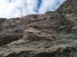 Klettersteig Großer Kinigat, es geht senkrecht nach oben