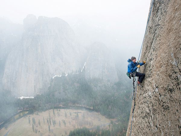 O Tomy Caldwell στο El Capitan του Yosemite | Photo (c) Corey Rich/Aurora Photos