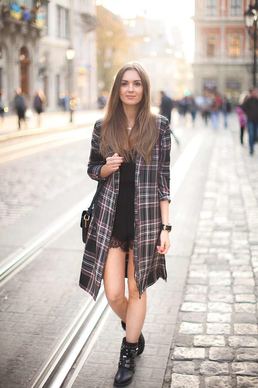 plaid-coat-biker-boots-outfit