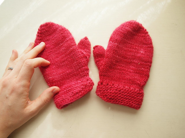 a pair of mittens for M
