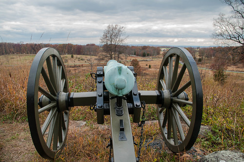 Cannon from 1st Ohio Artillery overlooks valley of death
