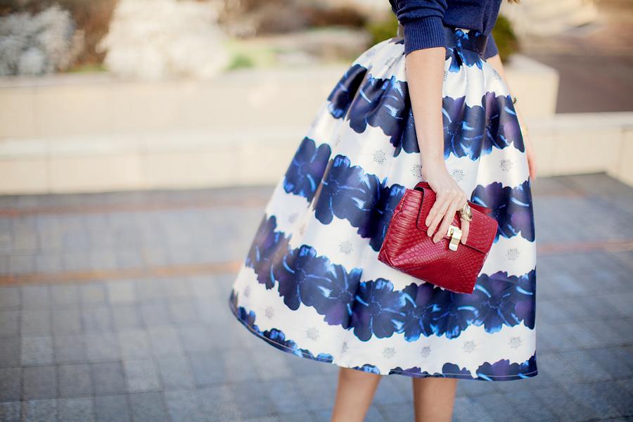 full-midi-skirt-outfit