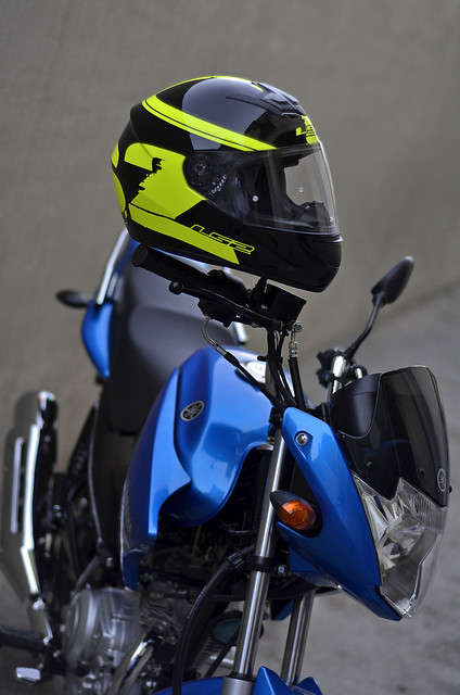 My new Yamaha YBR 125 Blue *jazzy77* - 18231564884 db22e9f1a2 z