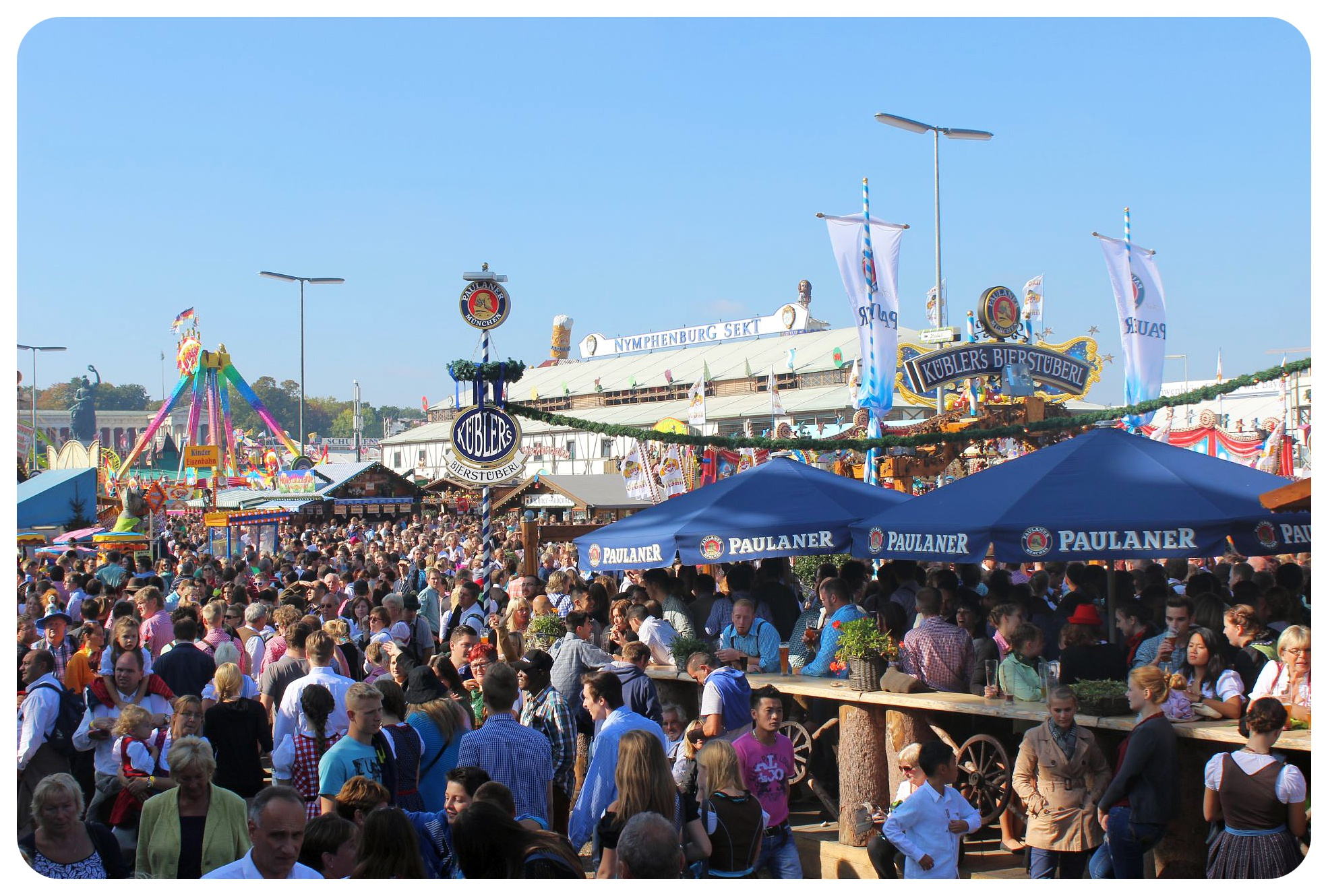oktoberfest crowds munich