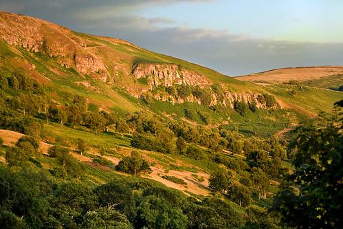 summer cliff wales august valley glamorgan merthyrtydfil inland goldenhour 2014 pentrebach taffvale mynyddcilfachyrencil