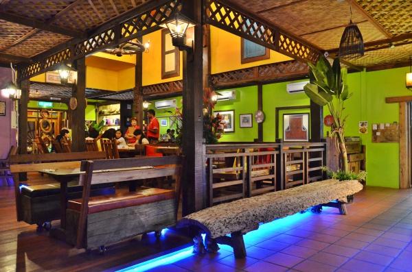 Scenic Cafe 4