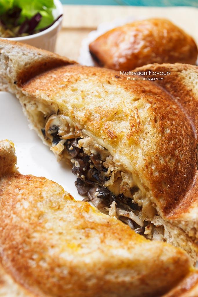 cultura-cafe-bakery-cake-coffee-lorong-kurau-bangsar-kl