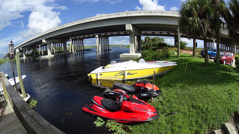 Gators Riverside Restaurant -Sanford, Florida (overflow parking) #SonyActionCam