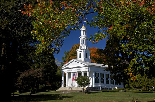 bobgundersen gundersen robertgundersen nikon nikoncamera nikond600 d600 firstcongregationalchurch 1stcongregationalchurch congregational madison connecticut conn ct connecticutscenes country usa newengland foliage building white church green blue yellow red towngreen landscape autumn fall monument nationalregisterofhistoricplaces nationalregistryofhistoricplaces old historical whitechurch nationalhistoriclandmark architecture route1 interesting image photo picture places park scenes shots shoreline flickr tree gi christian exterior outside outdoor bostonpostroad leaf getty gettyimages